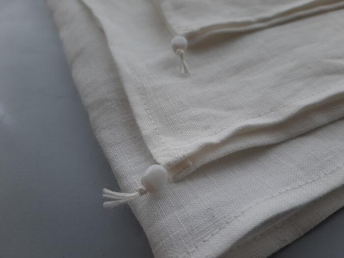 定番品としての白い布。