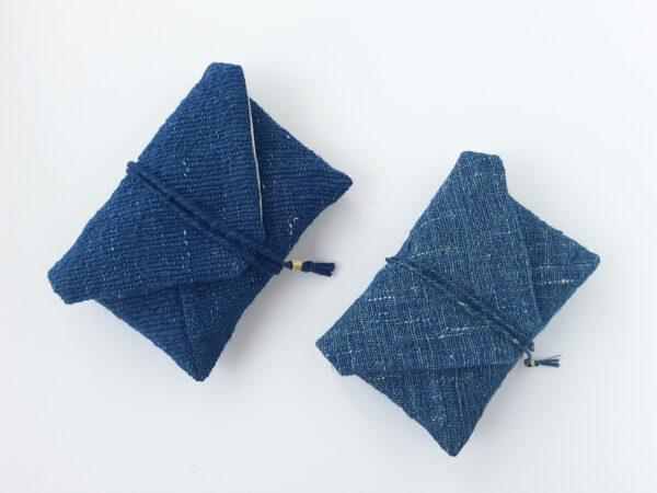 2種類の藍染め手織りポーチ